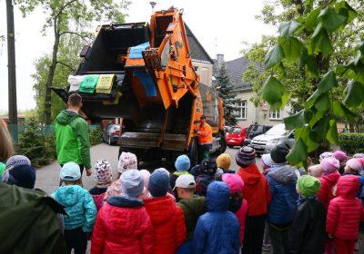 Uczymy dzieci jak segregować odpady